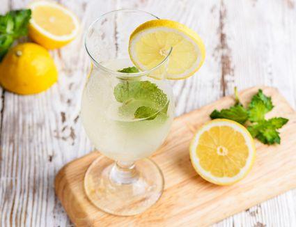 Ouzo lemonade recipe
