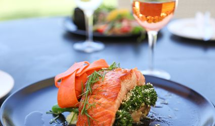 best-wine-with-salmon