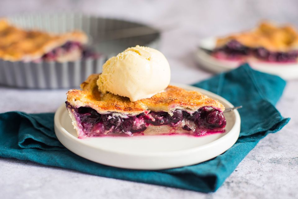 Classic double crust blueberry pie recipe