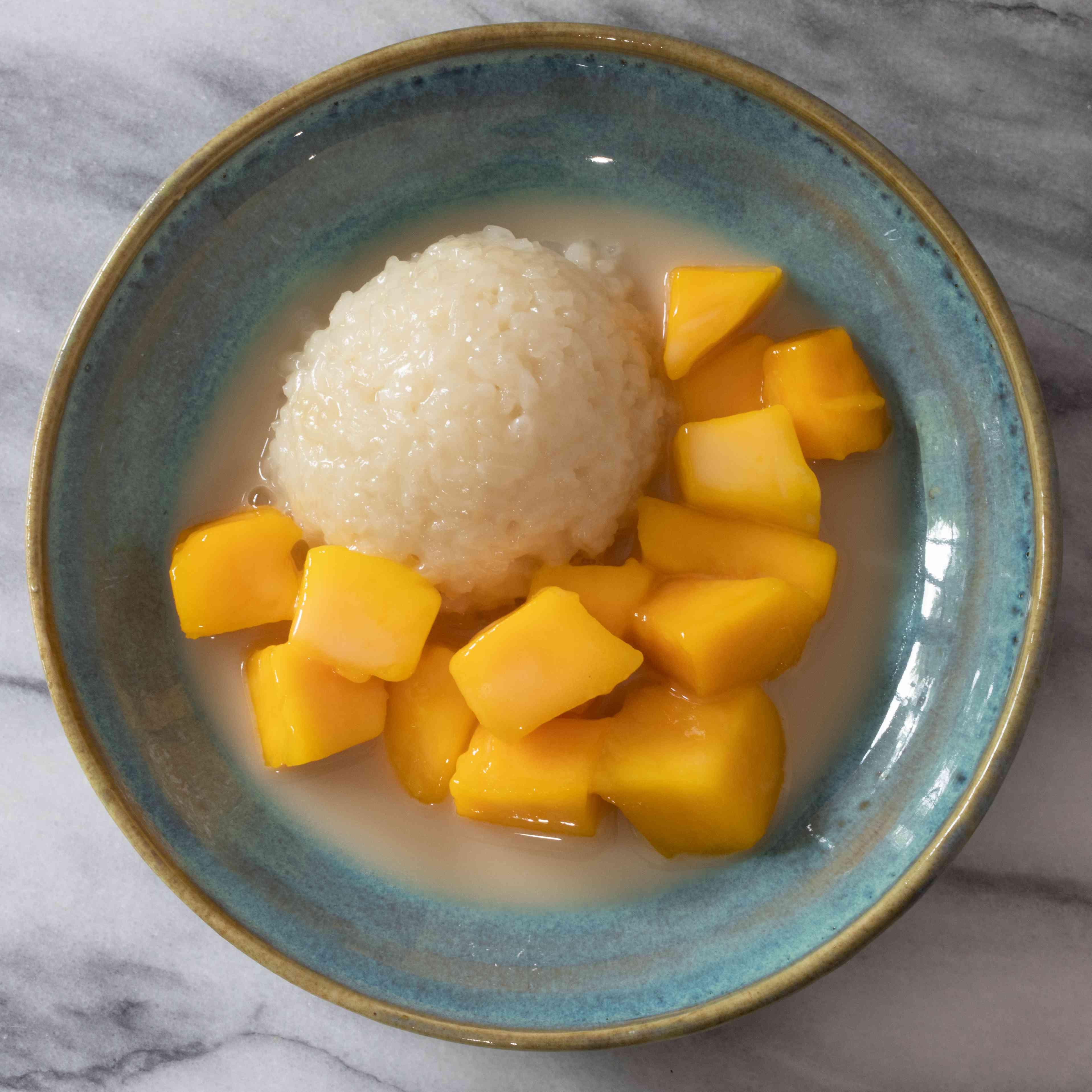 Thai Mango Sticky Rice Dessert (Khao Niawo Ma Muang) Tester Image
