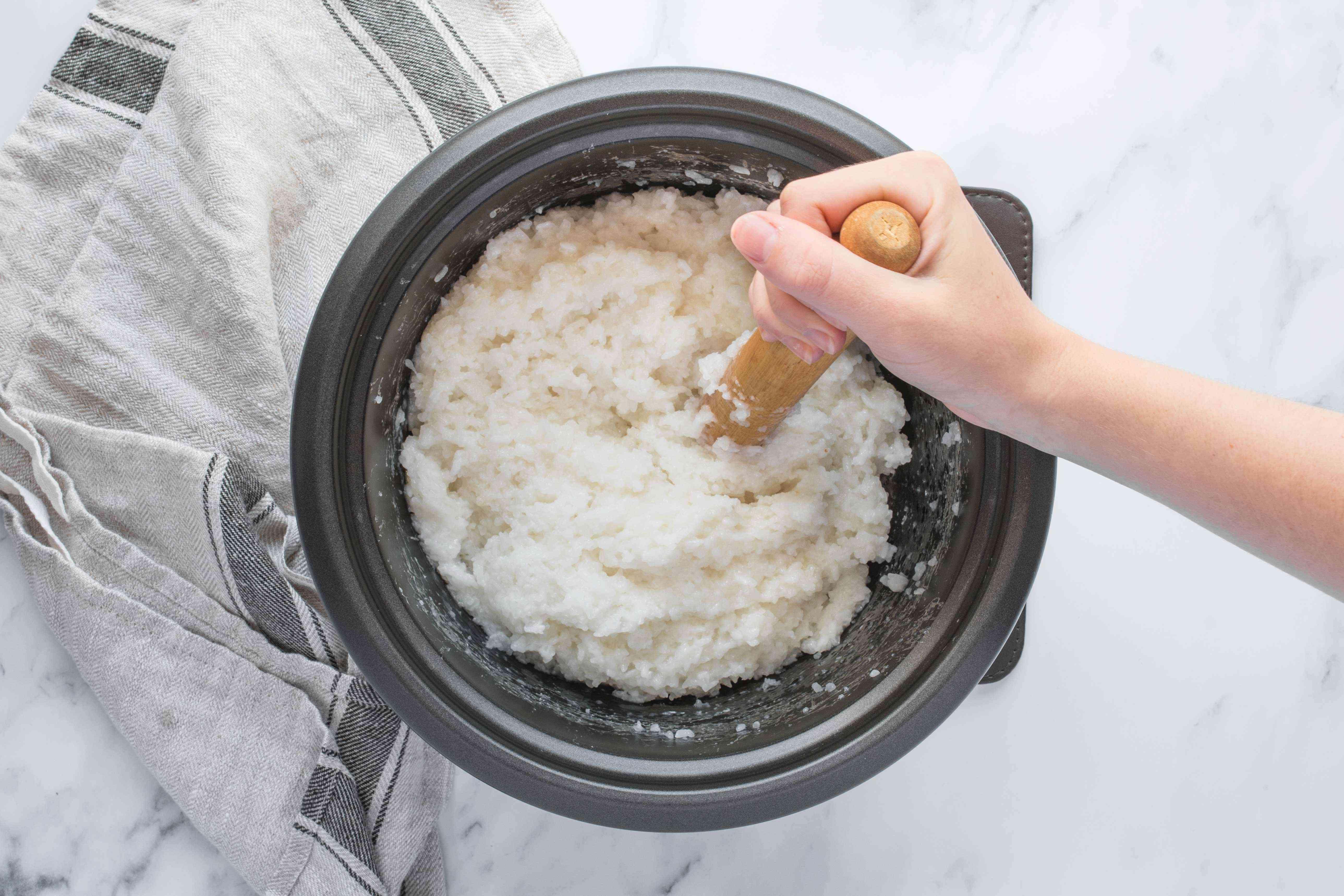 Mash the rice