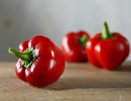 Red bell peppers for use in red pepper sauce (mojo picon)