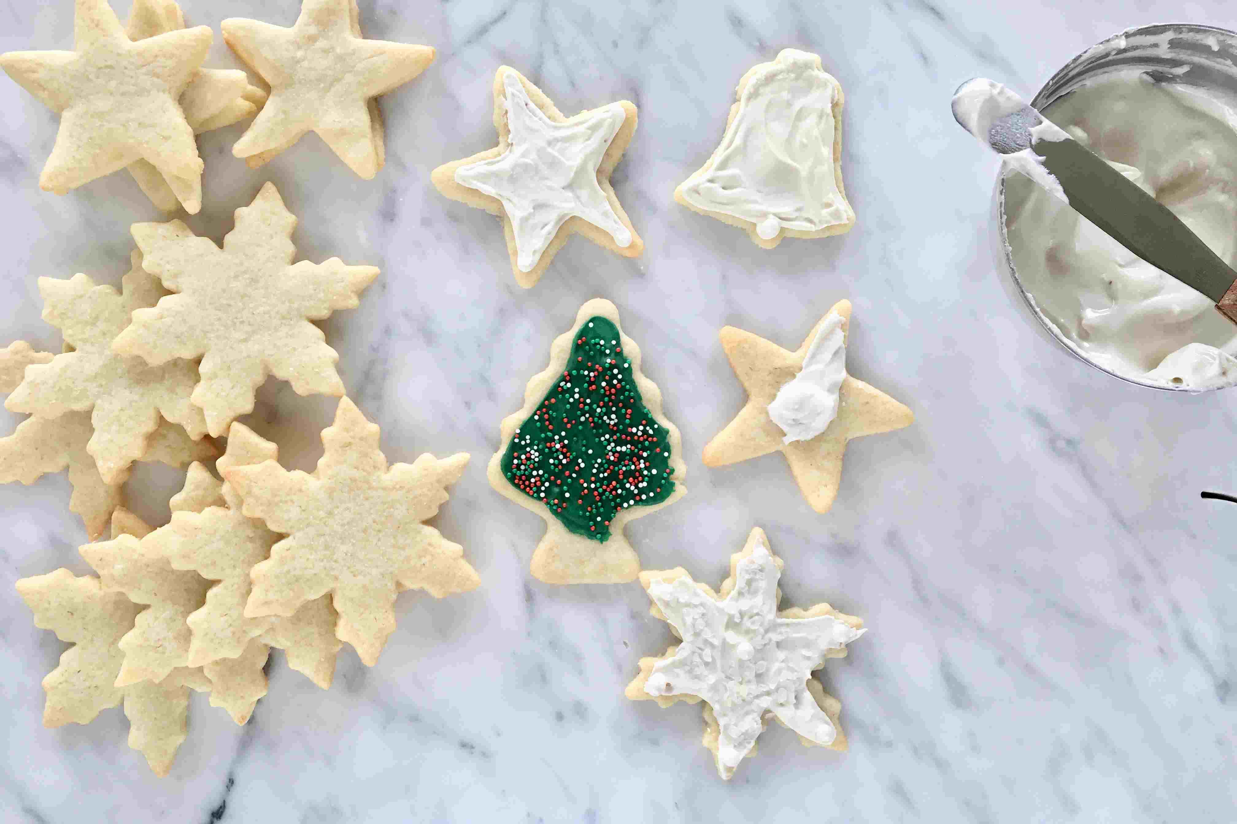Christmas Cookie Decorating Step by Step
