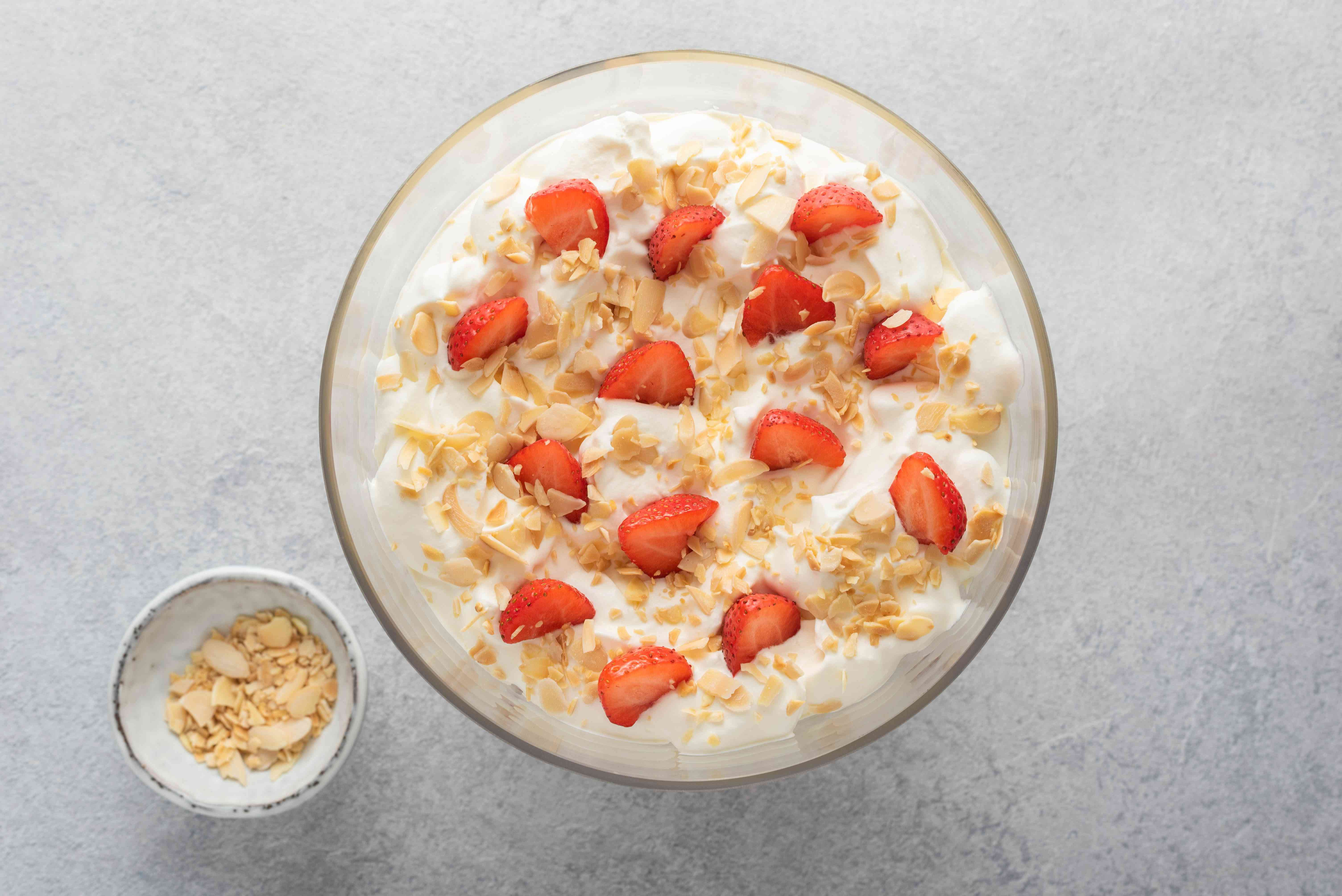 Quick sherry trifle with strawberries and almonds on top