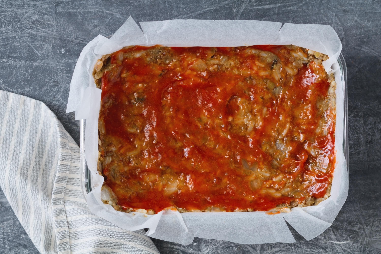 Lentil loaf mixture with ketchup