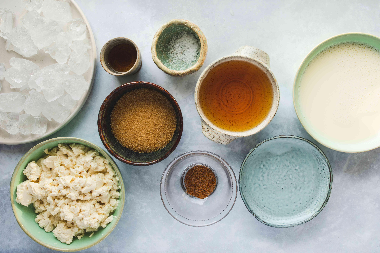 Ingredients for vegan eggnog