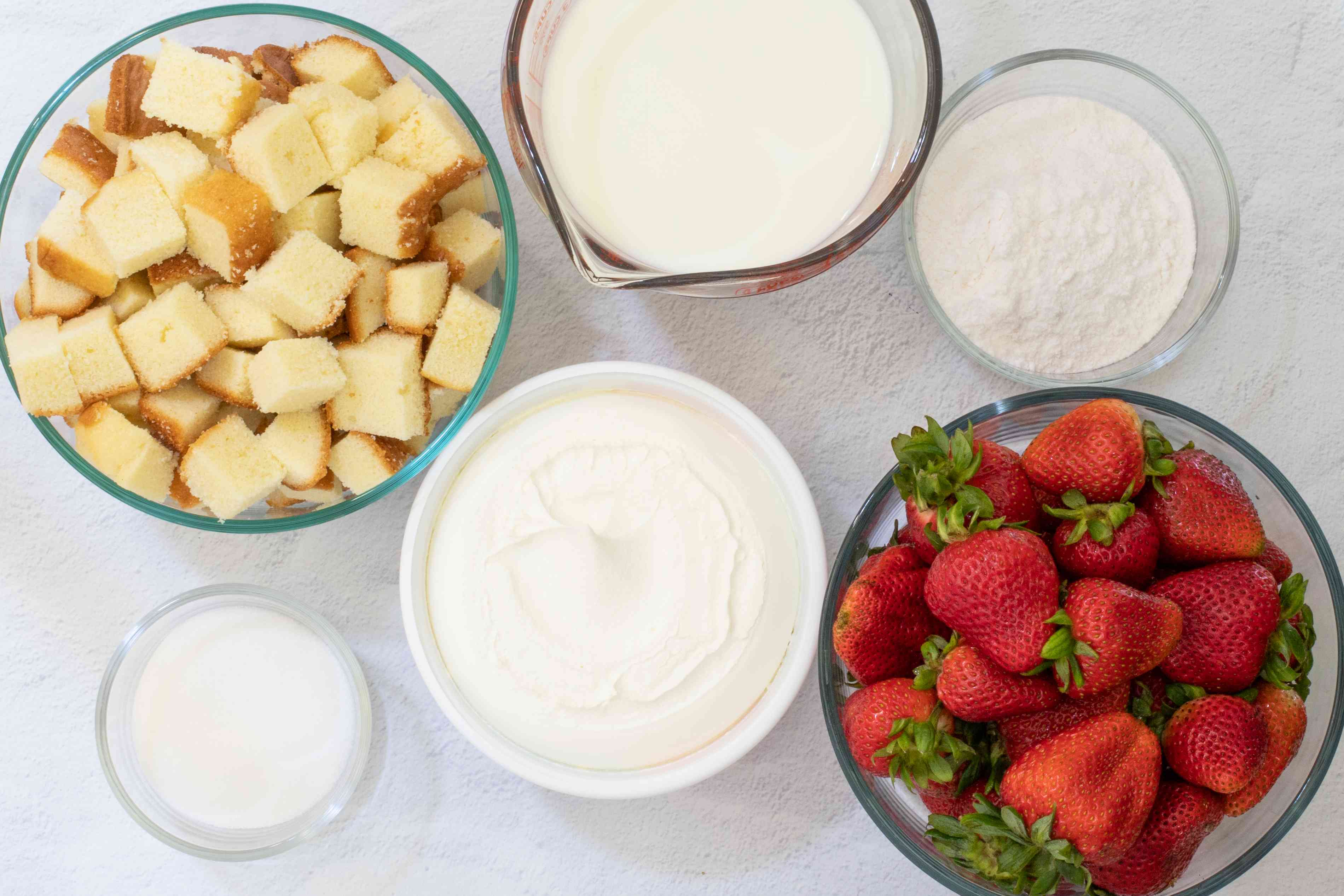 ingredients for easy strawberry trifle