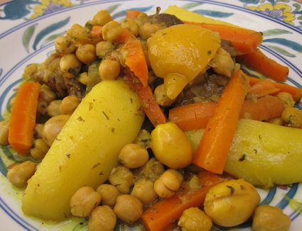 Moroccan Tagine With Carrots, Chickpeas and Potatoes