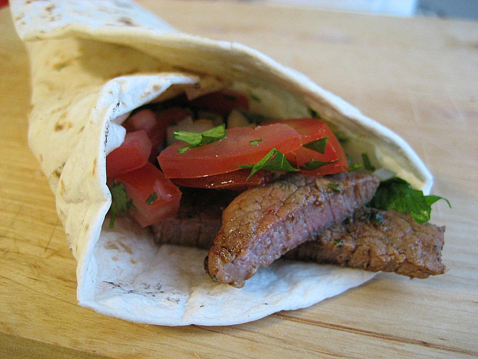 Marinated steak fajitas with pico de gallo