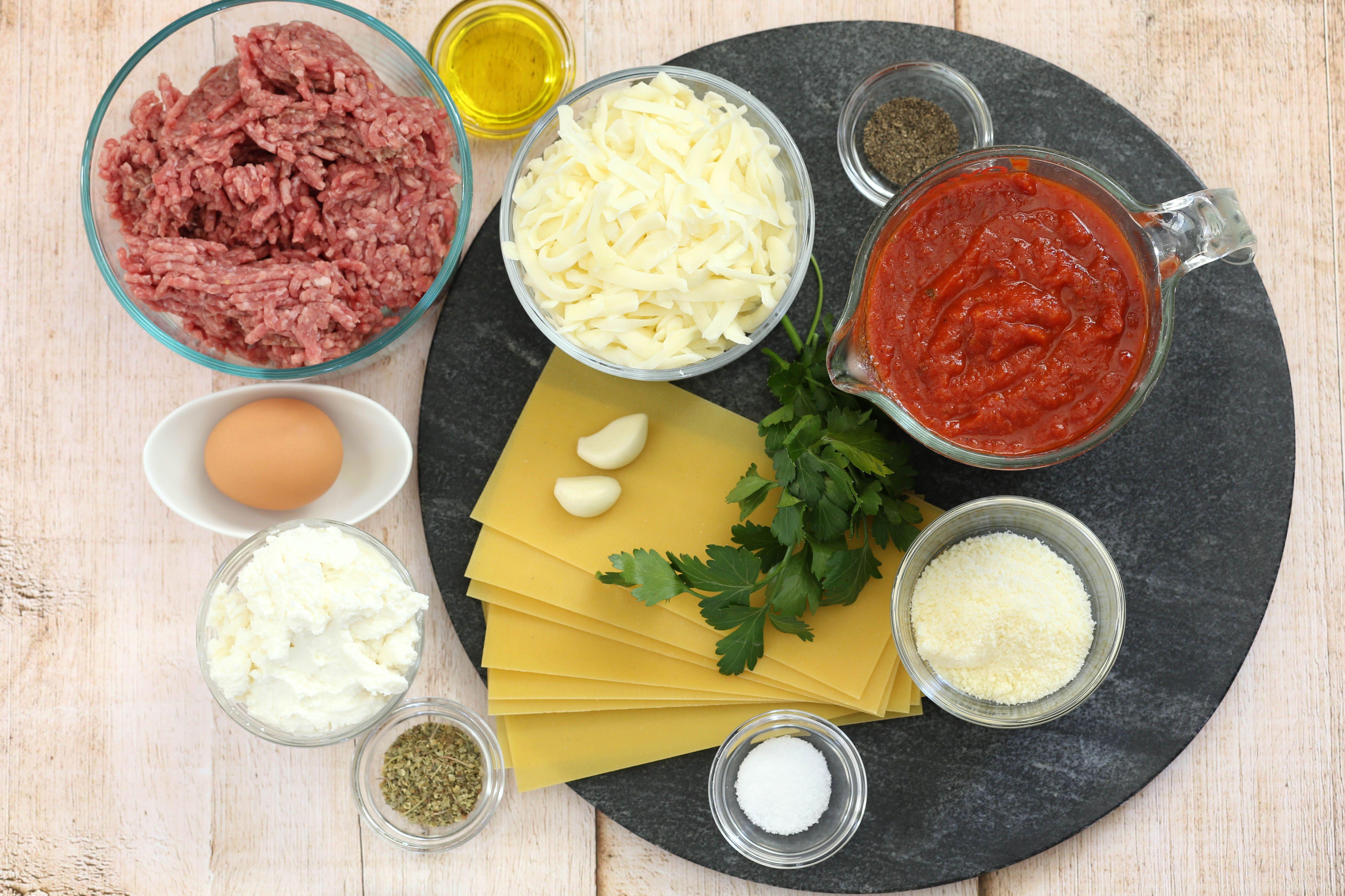 Ingredients for Instant Pot lasagna.