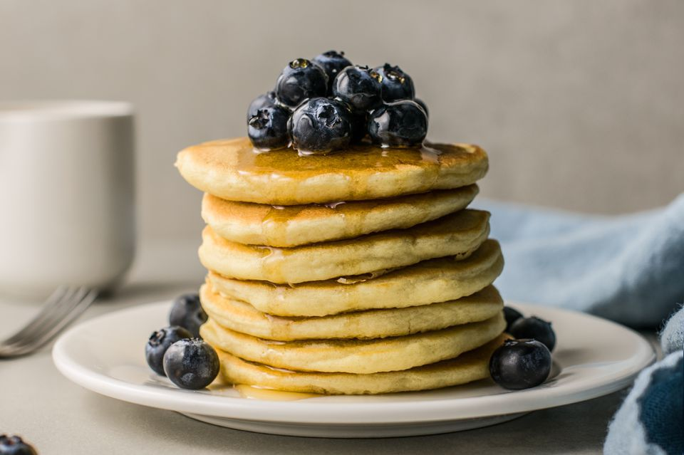 Light and Fluffy Vegan Pancakes
