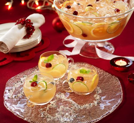 10 Christmas Party Punch Recipes Everyone Will Love