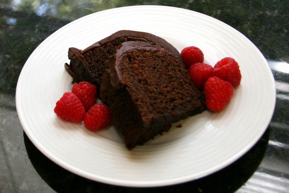 chocolate raspberry cake with chocolate ganache