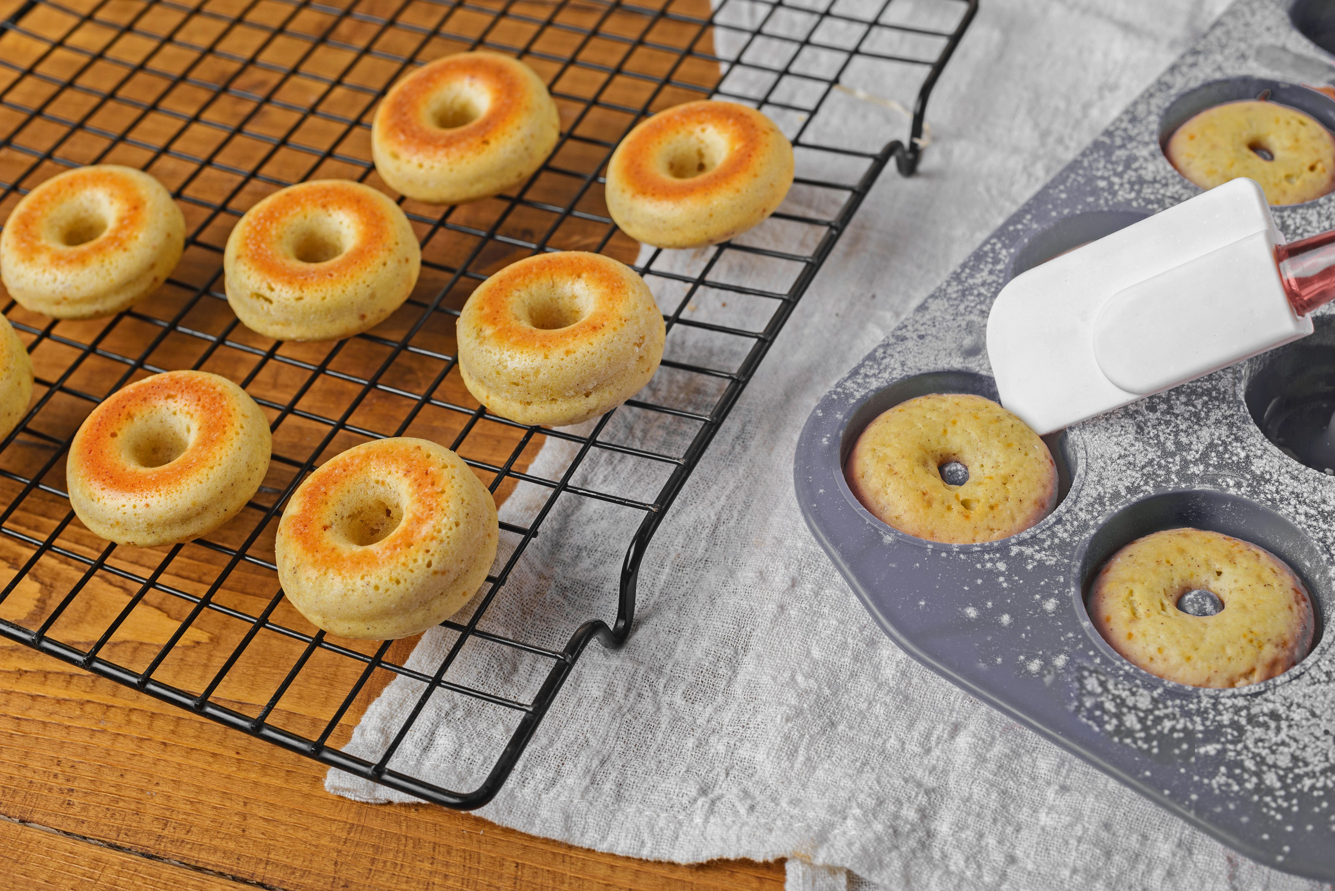 Allow donuts to cool in pan