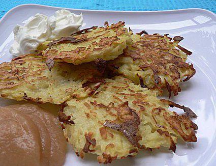 Low-fat potato latkes