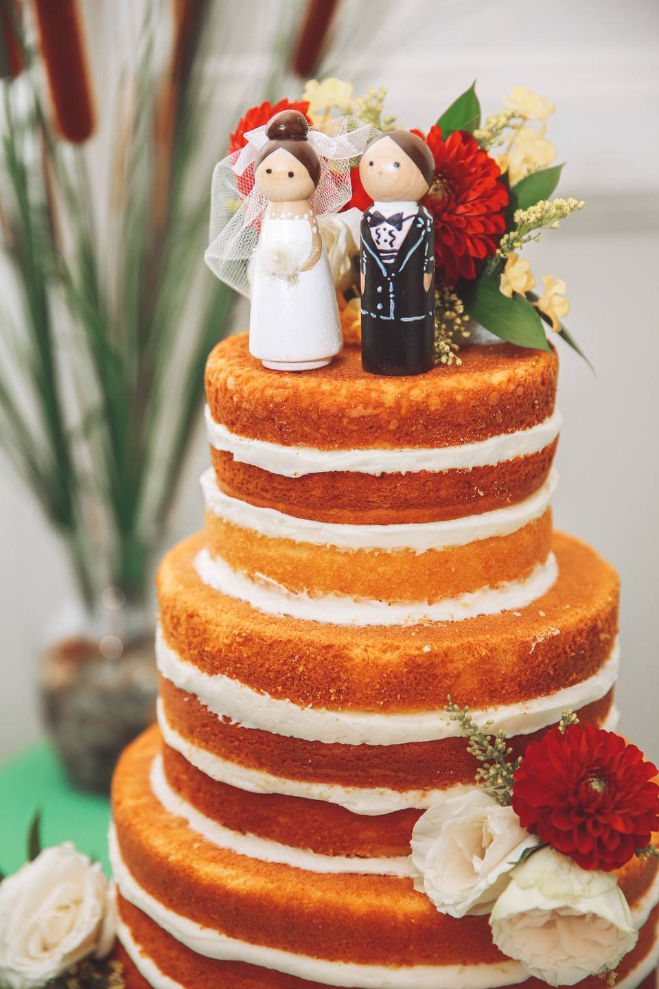 10 Real Wedding Cakes That May Inspire You To Diy