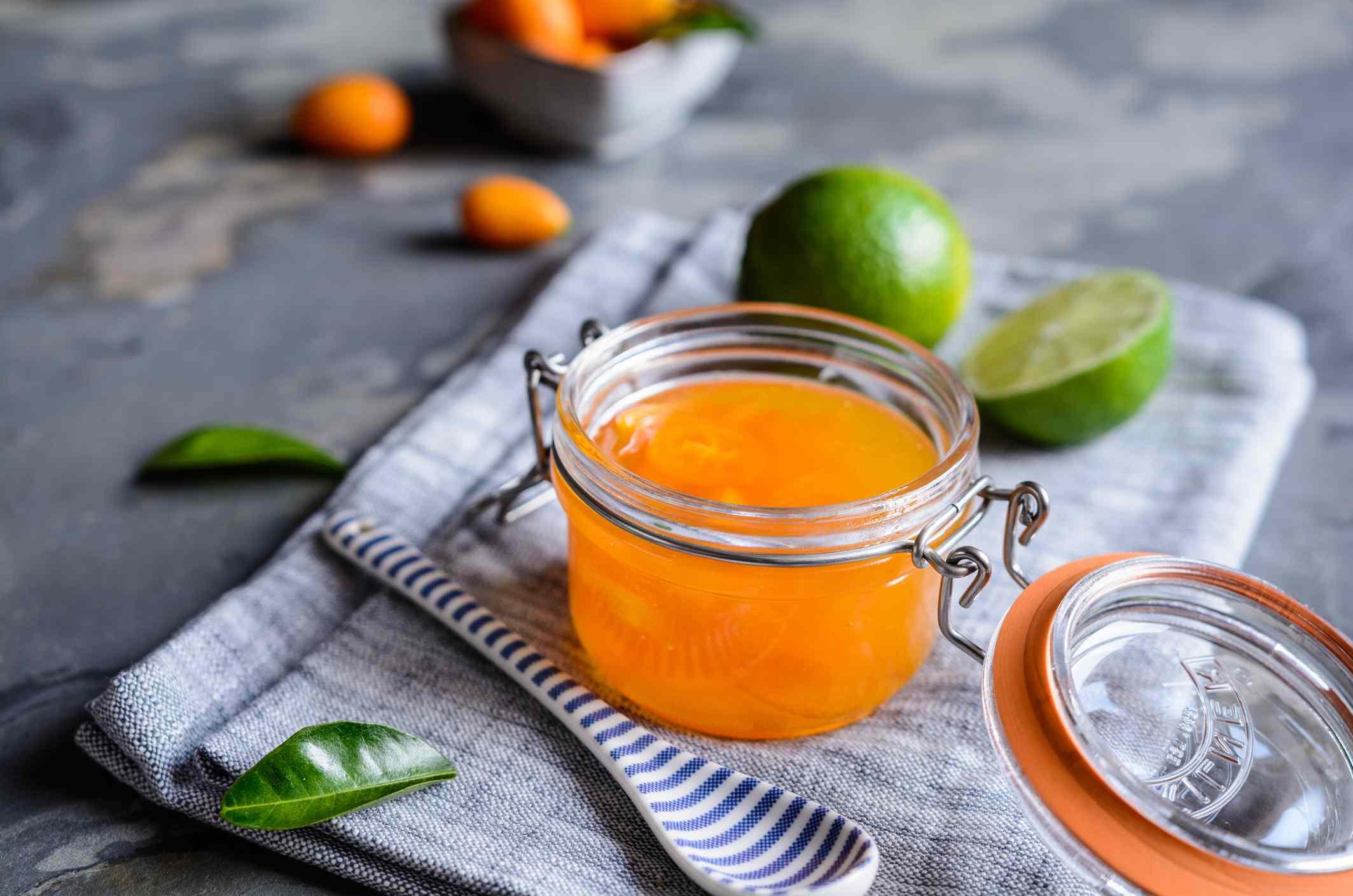 Preserved kumquat