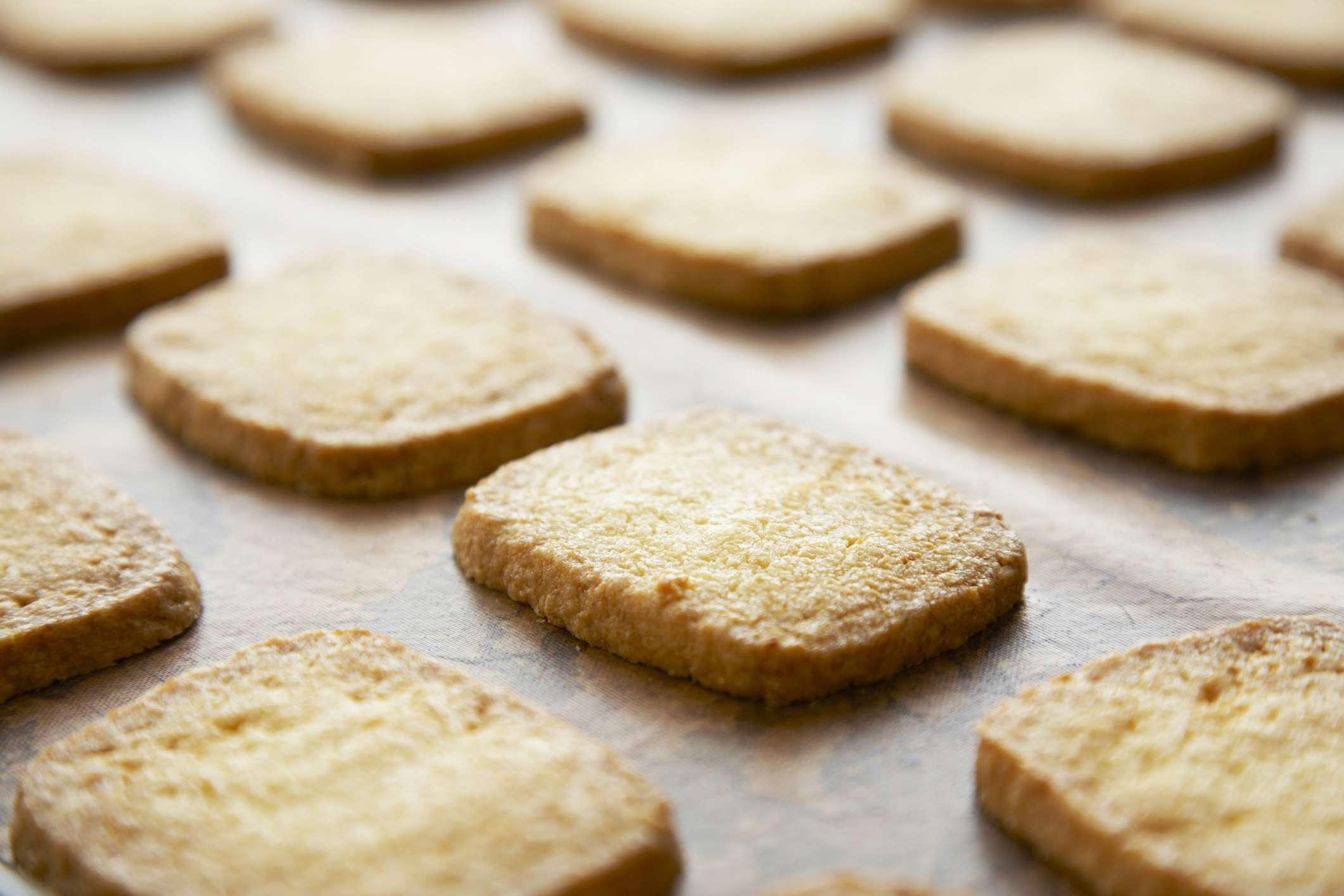 A plate of kinako cookies
