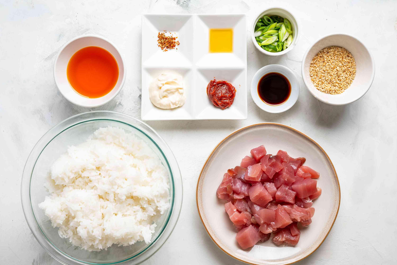 Spicy tuna donburi rice bowl ingredients