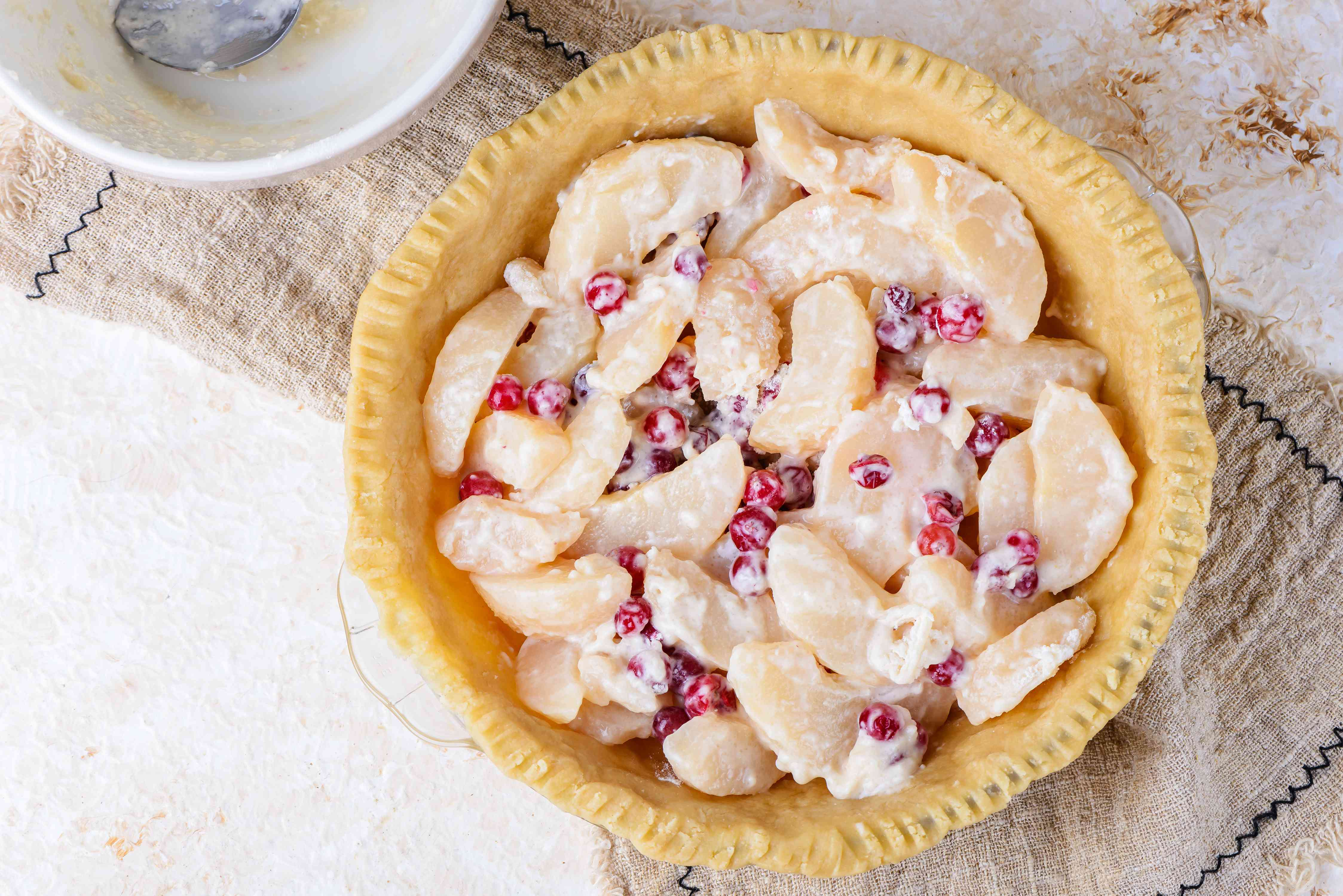 Filling in pie crust