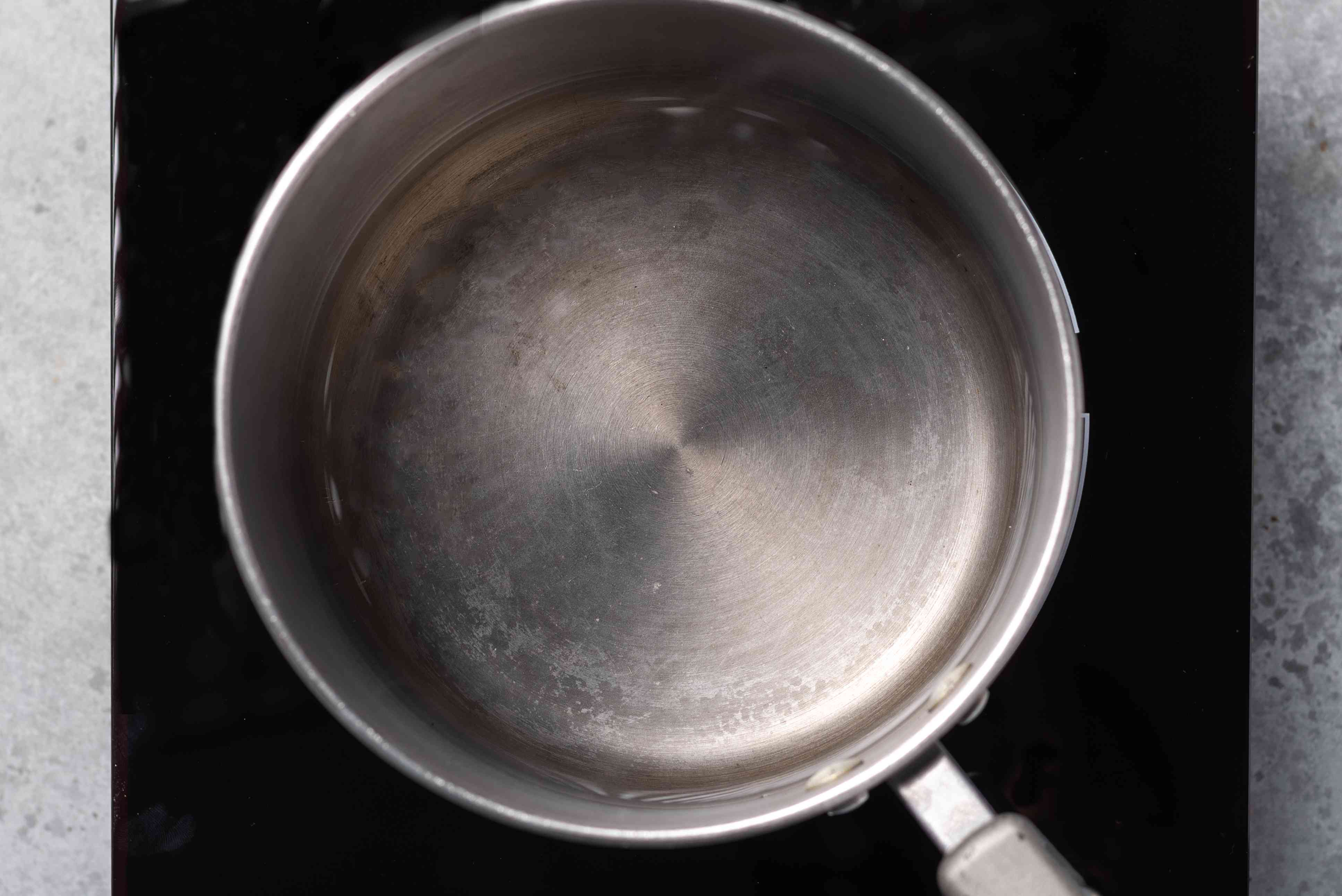 pot with water