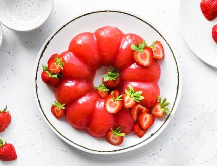 British Strawberry Jelly (Jello)