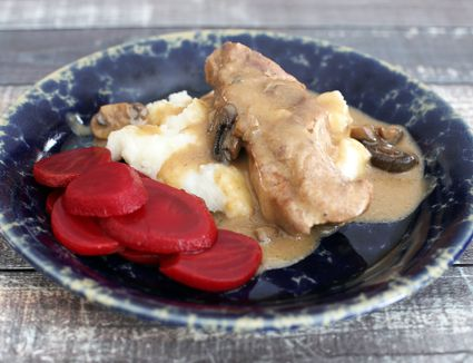 Country-style pork ribs with mushrooms