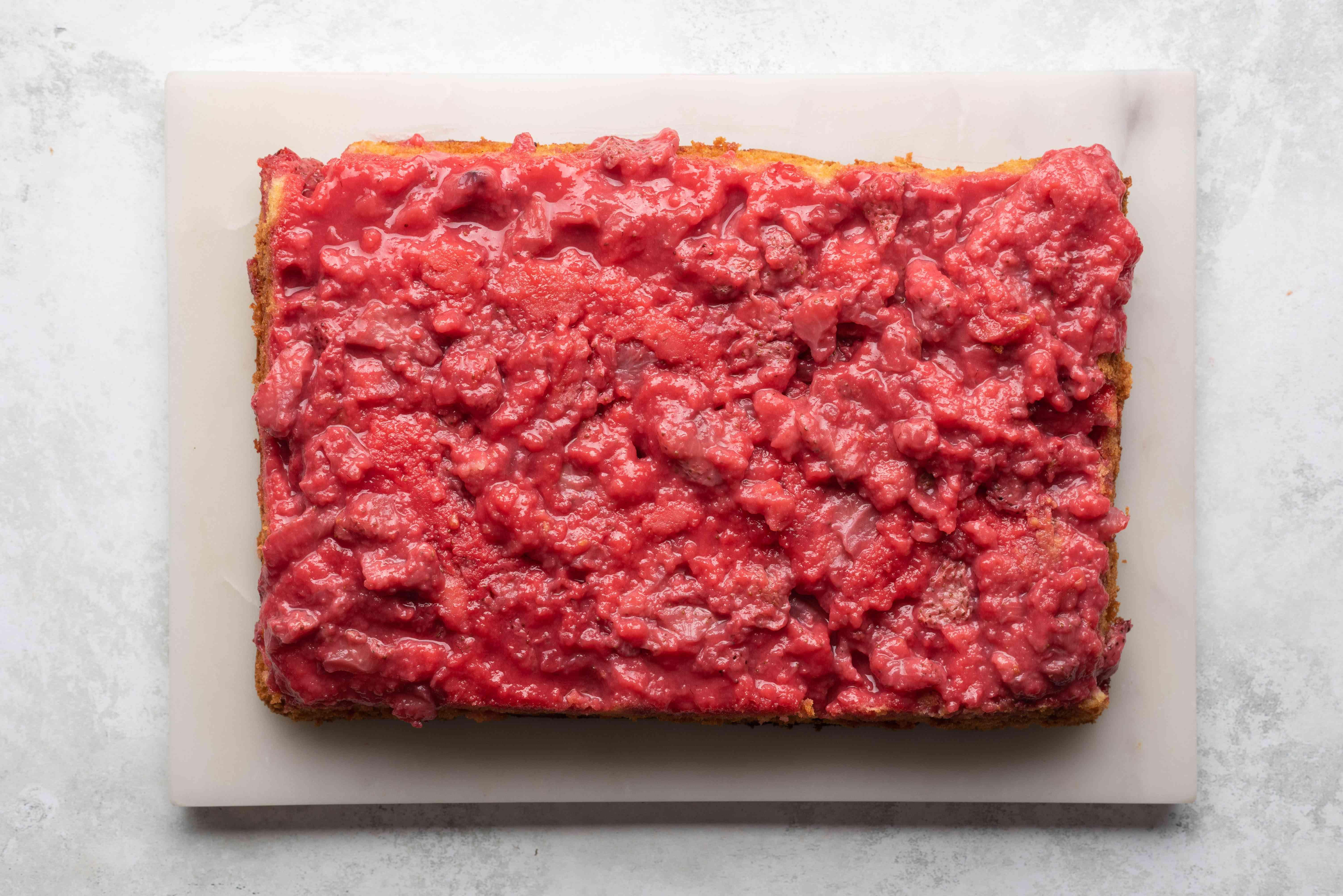 Easy Strawberry Shortcut Cake