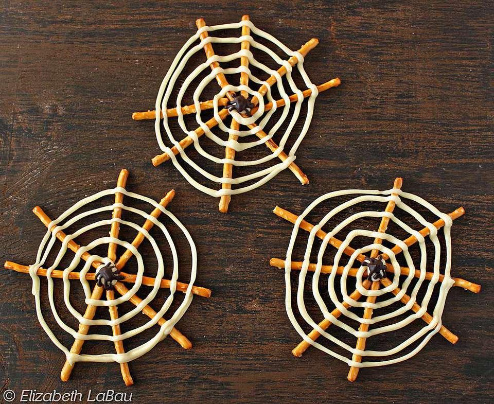 Pretzel Spiderwebs Candy