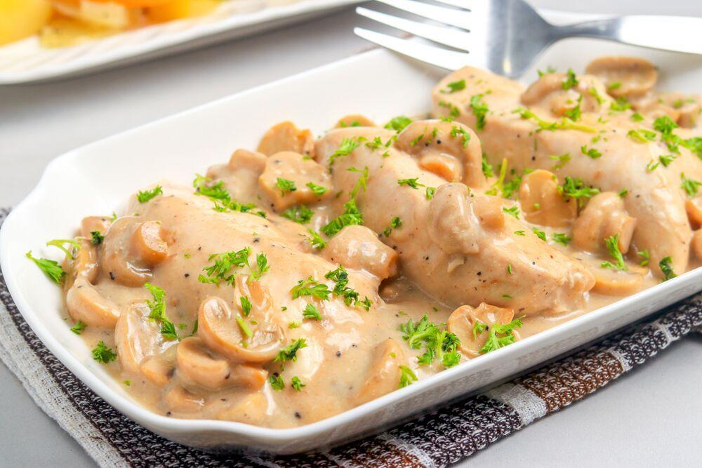 Lazy Crock Pot Chicken With Mushrooms