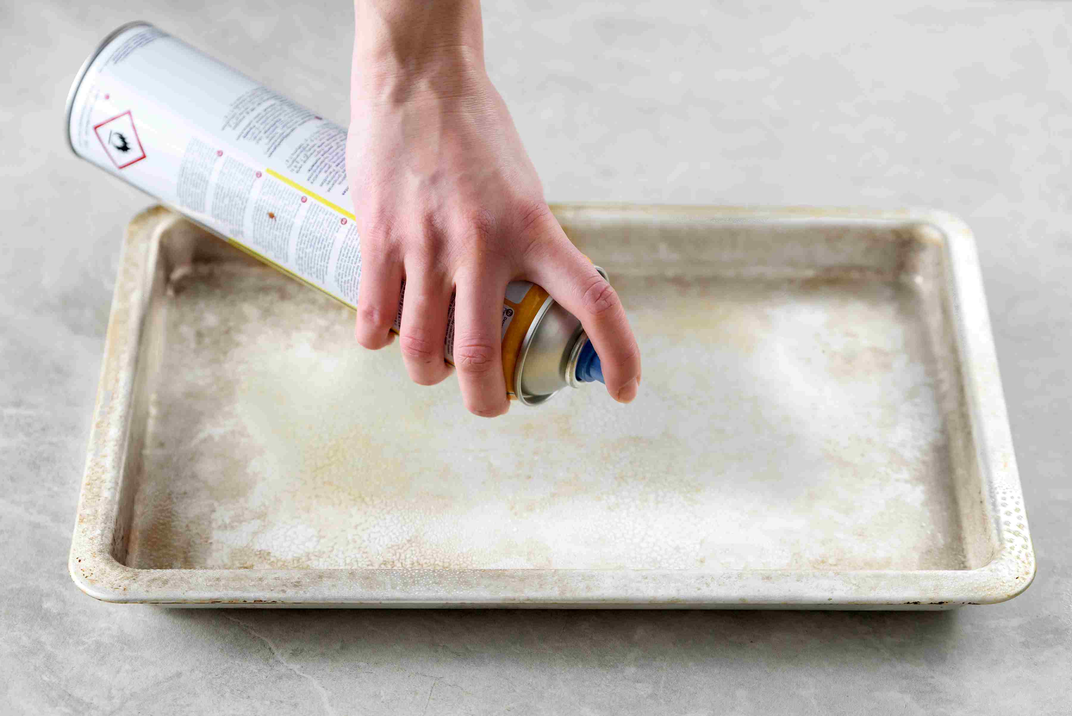 Baking tray coated with nonstick spray