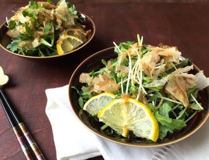 Arugula and Daikon Radish Sprouts (Kaiware) Salad