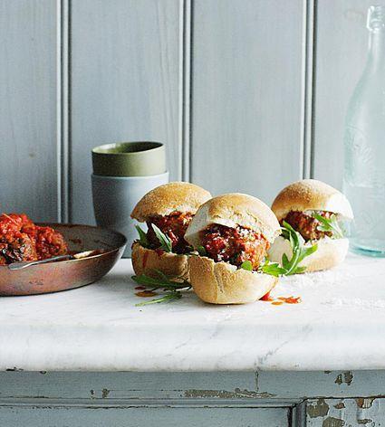 Teriyaki Sriracha Meatball Sliders