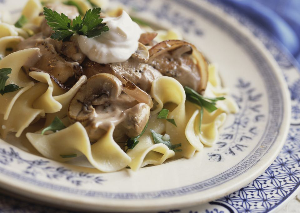 Quick and Easy Beef Stroganoff with Noodles