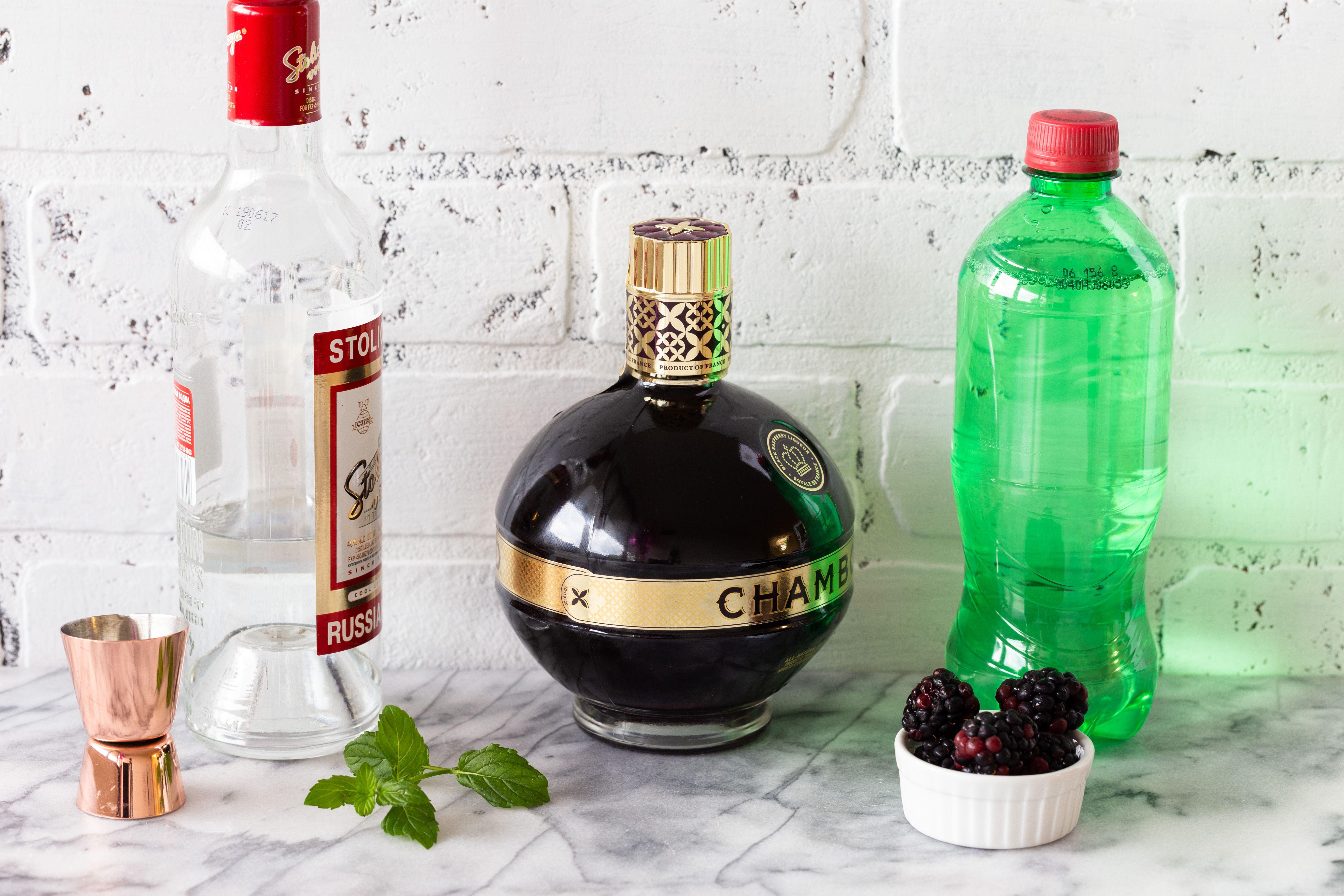 Zipper cocktail ingredients