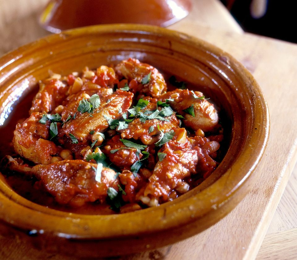 Moroccan chicken tagine recipe chicken and chickpea tagine forumfinder