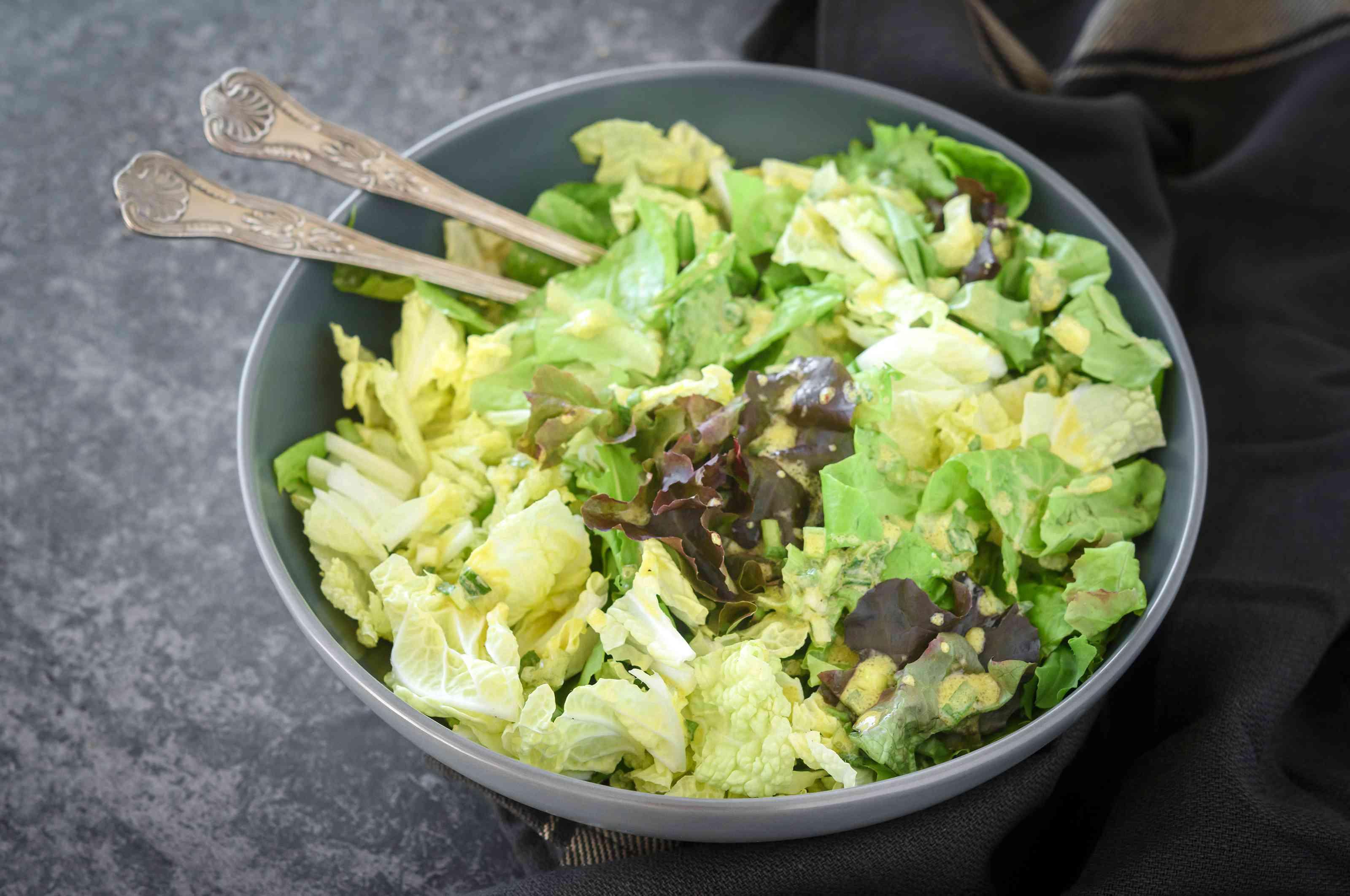 Green salad with scallion mustard vinaigrette recipe