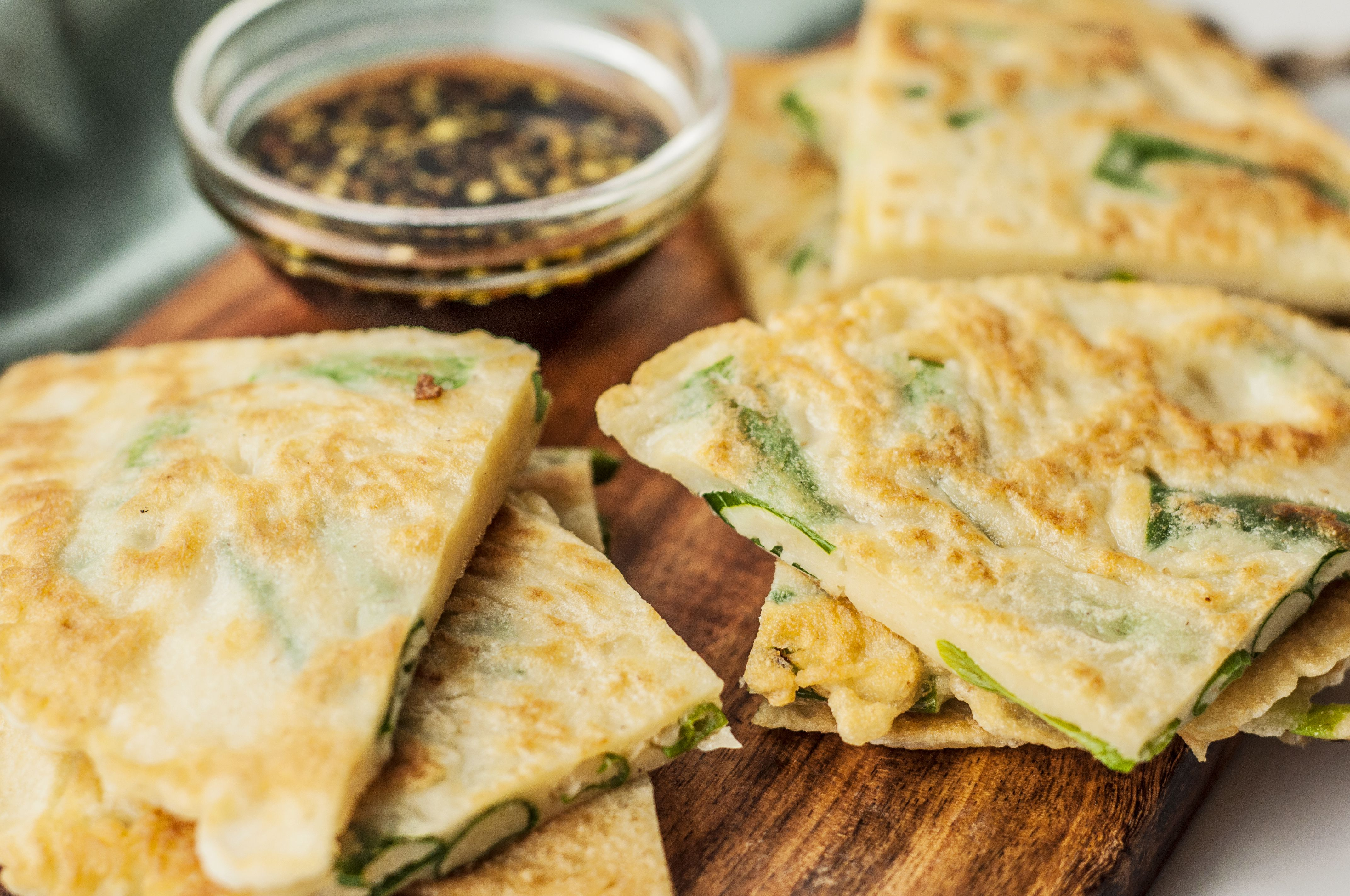 Scallion pancakes with soy sauce