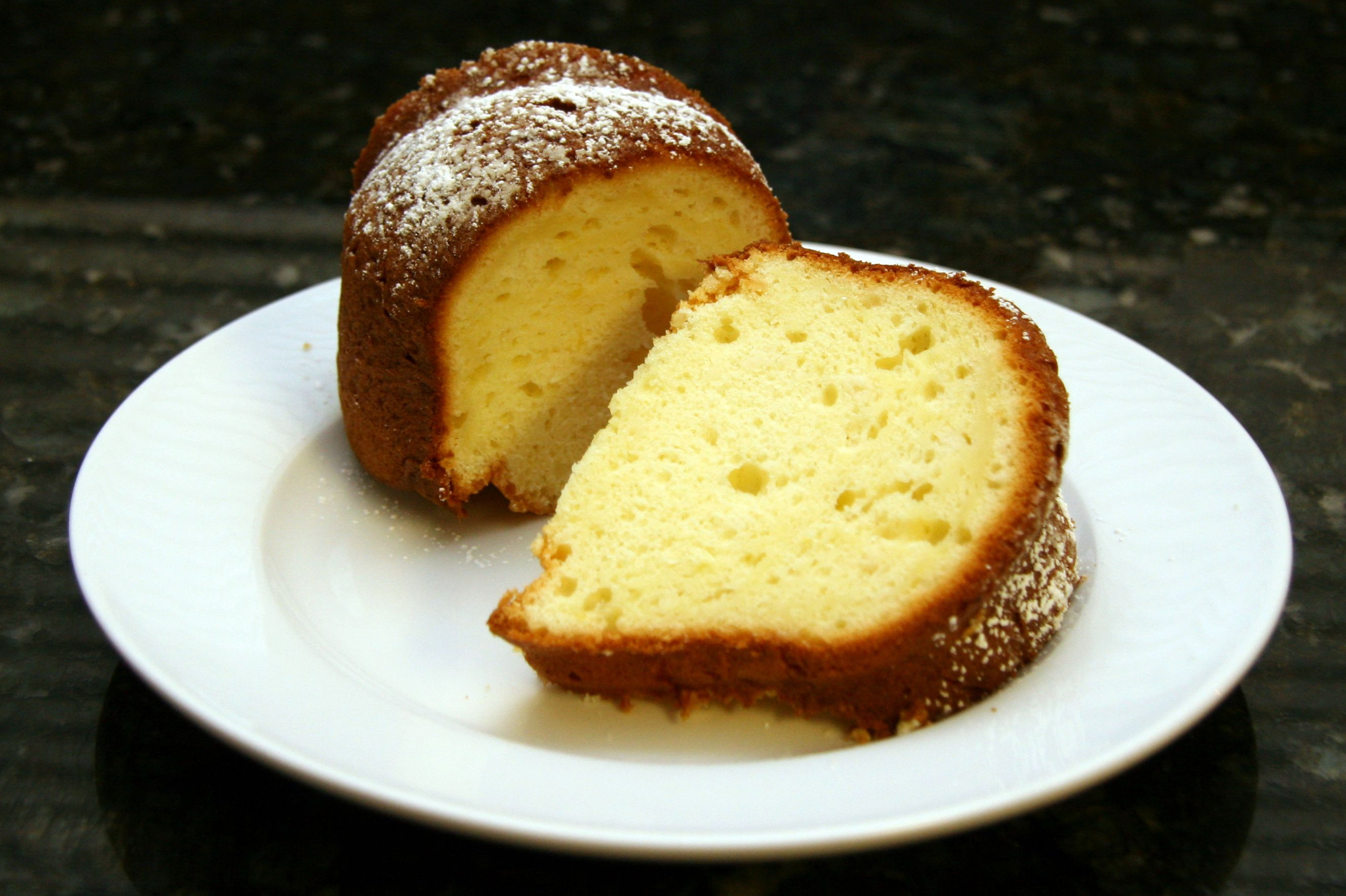 Luscious Lemon Sour Cream Cake