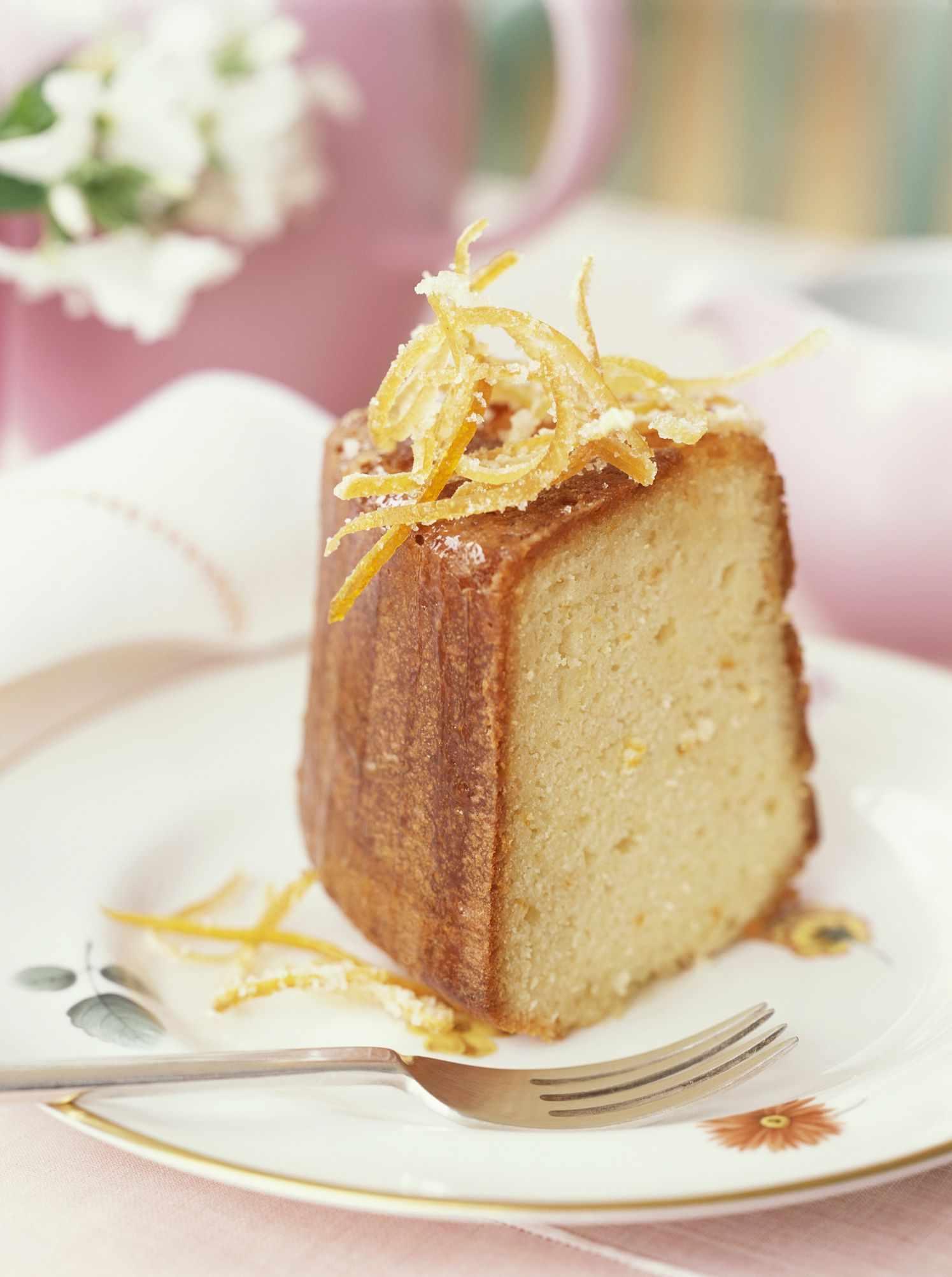 Orange liqueur cake