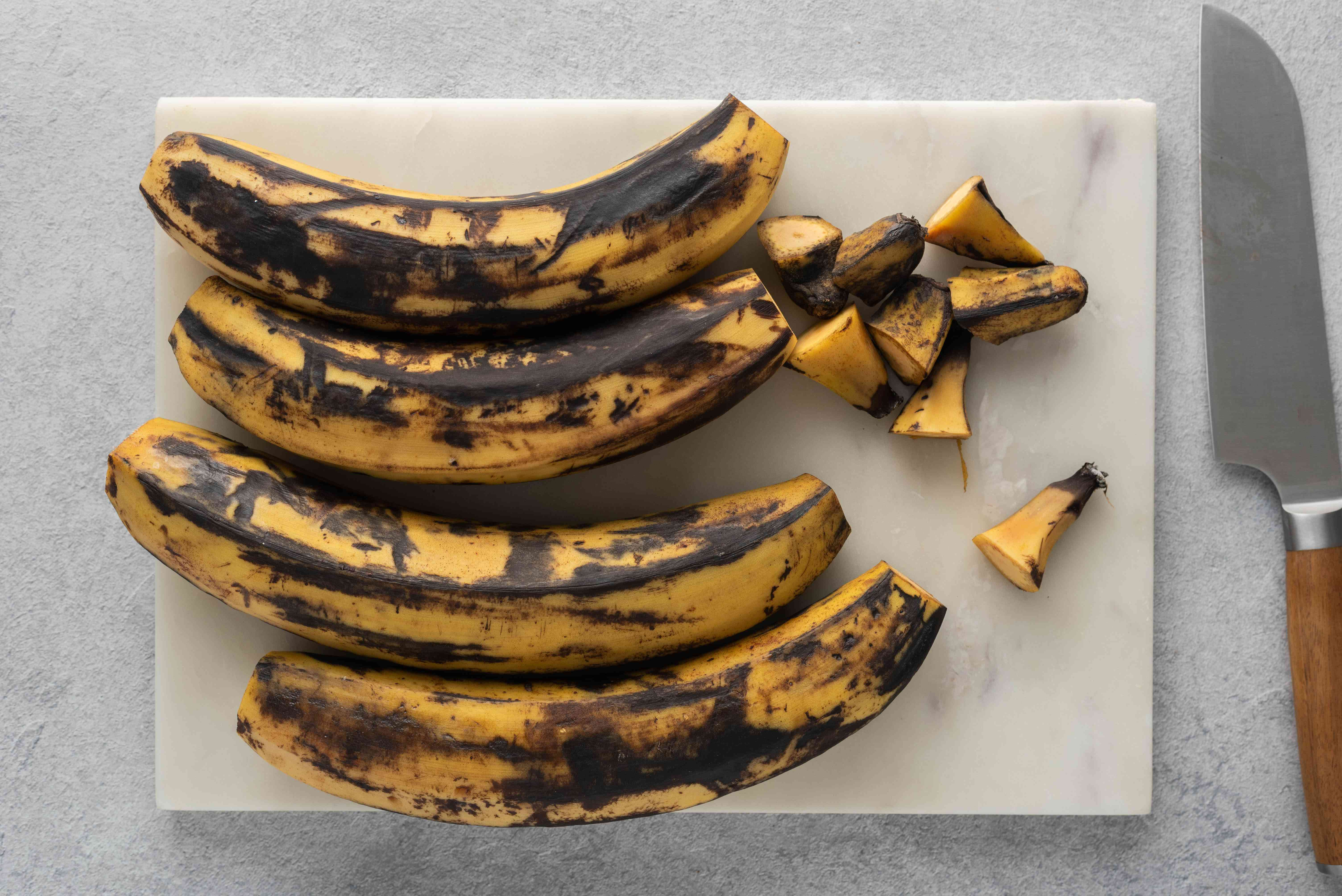 cut the pointy tips off of each end of the plantains