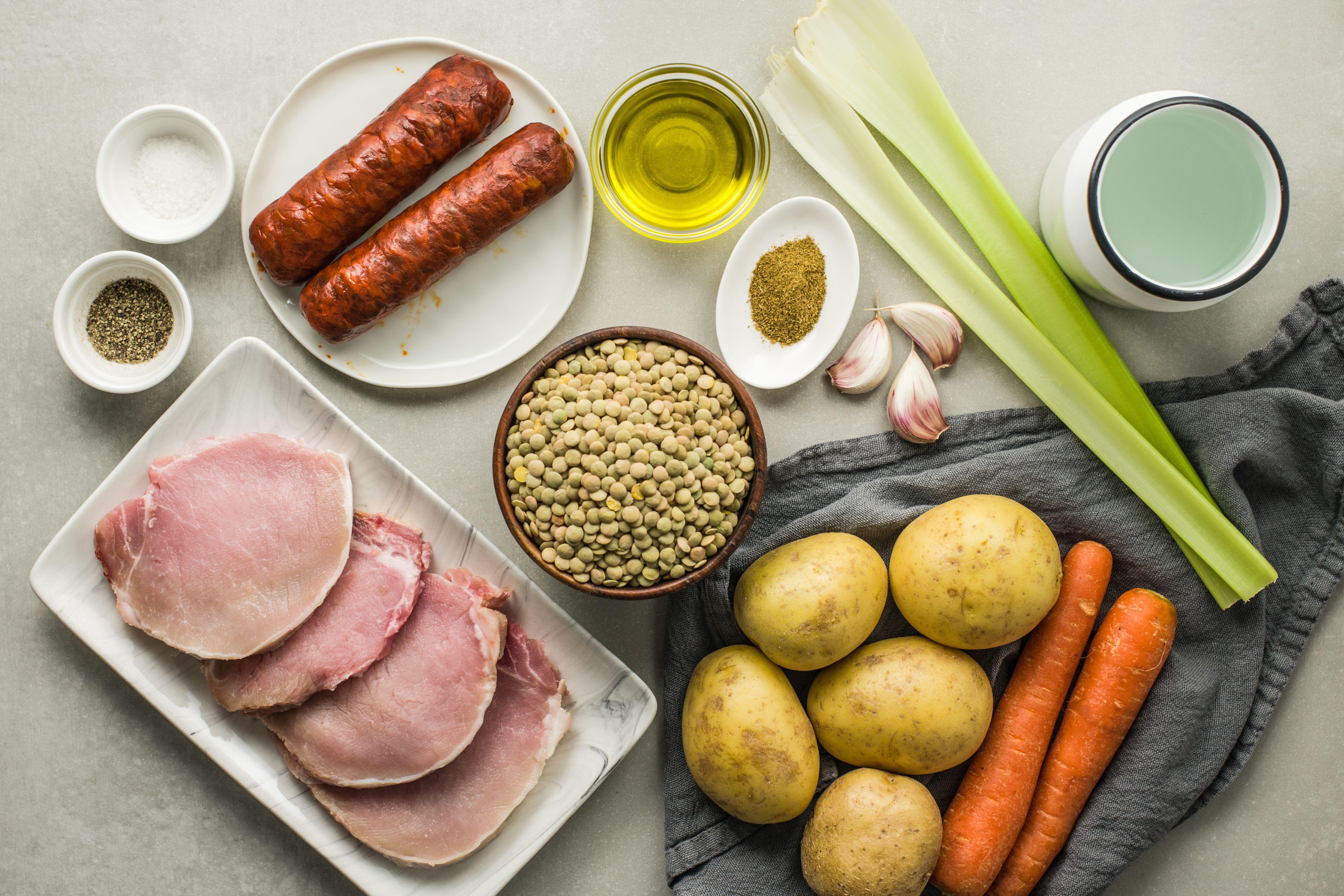 Ingredients for spanish lentil soup