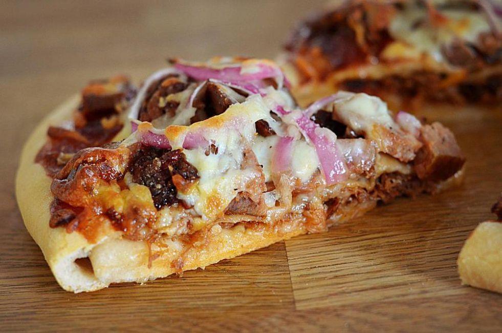 Ultimate Barbecue Pizza