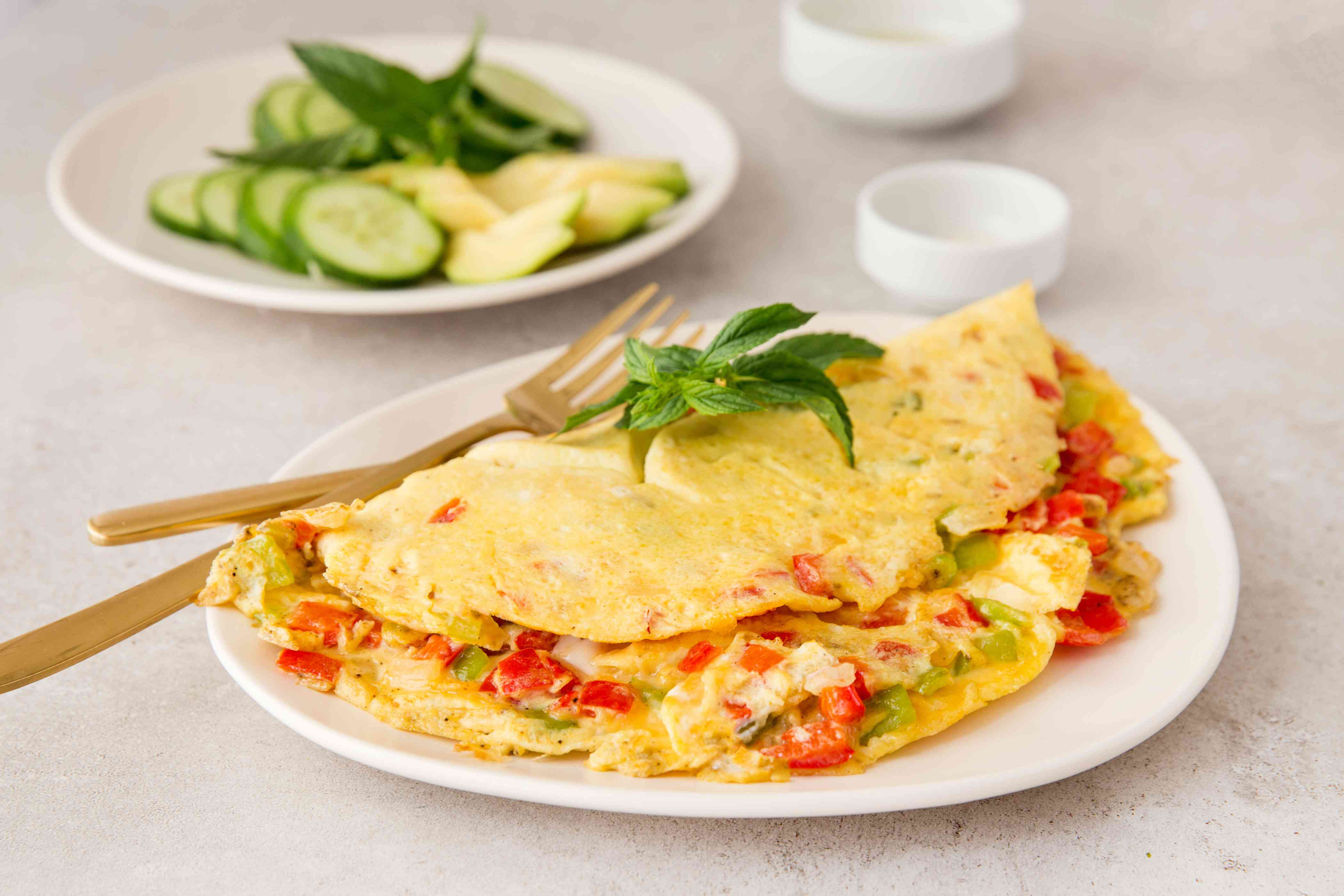 Easy Vegetarian Omelet With Bell Peppers recipe