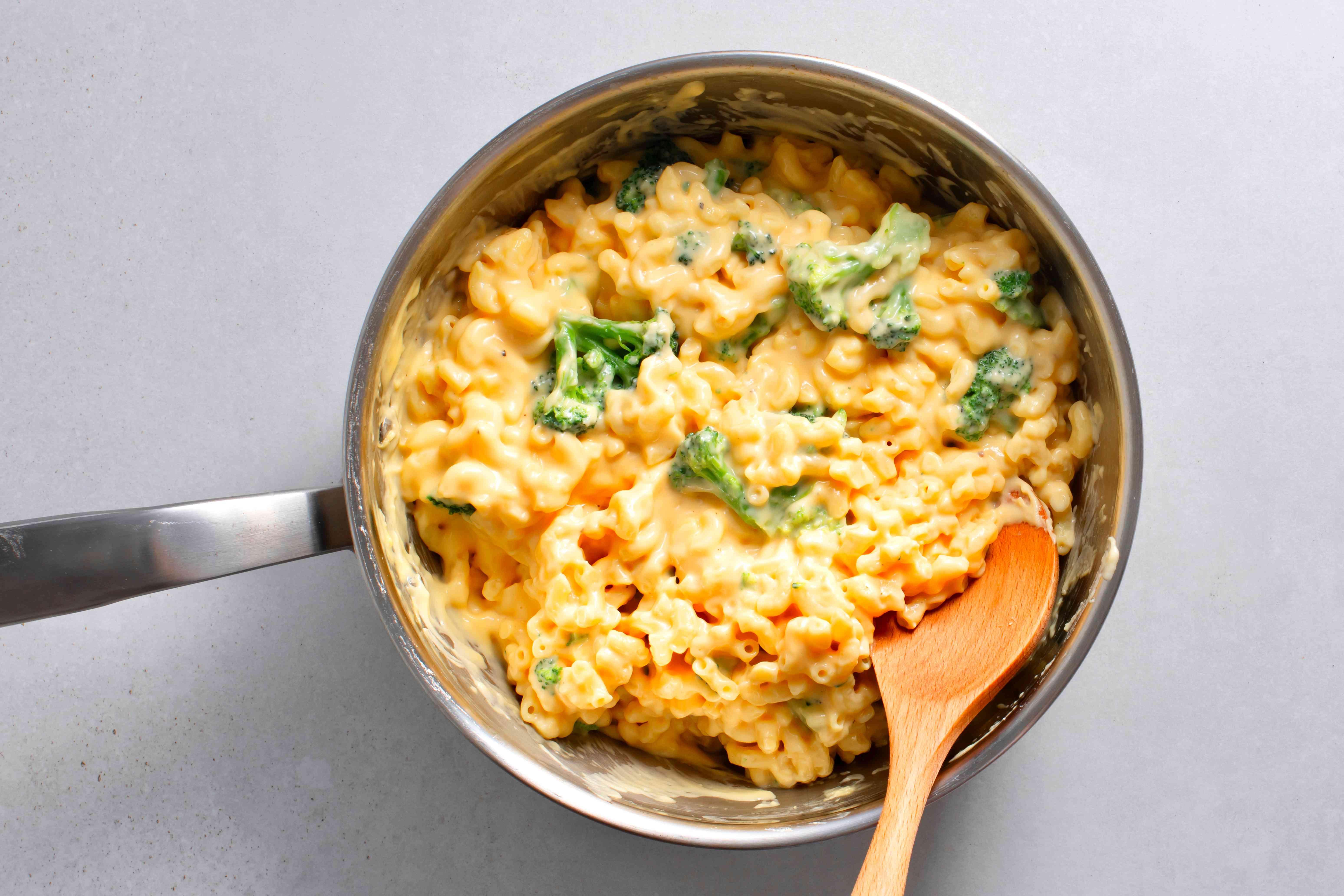 Easy One-Pan Broccoli Macaroni and Cheese in a saucepan