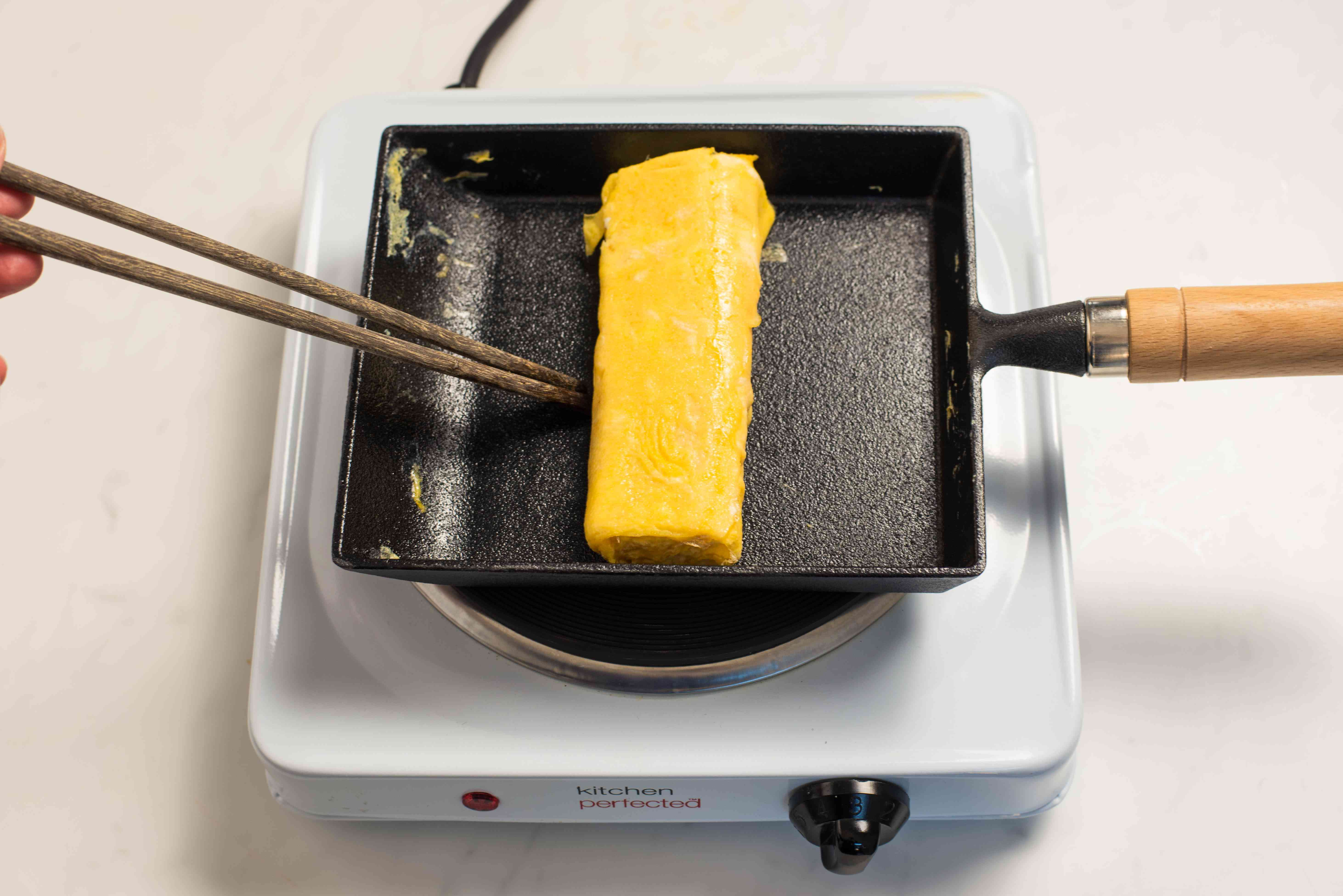 Cook omelet