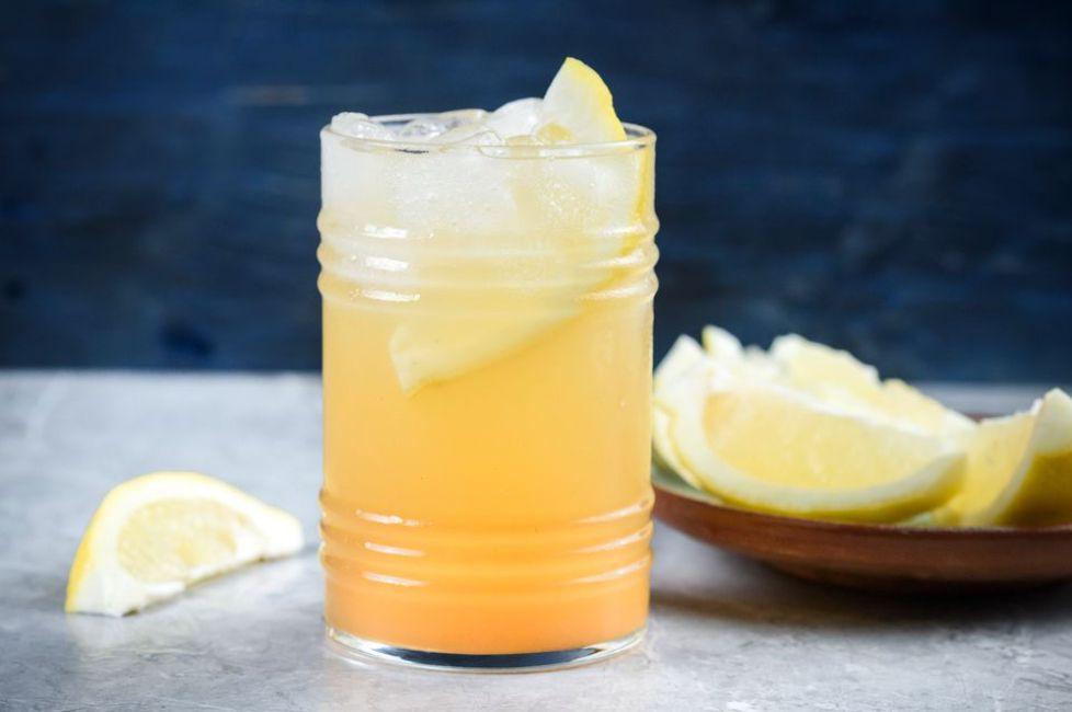 Thanksgiving Cider Cocktail