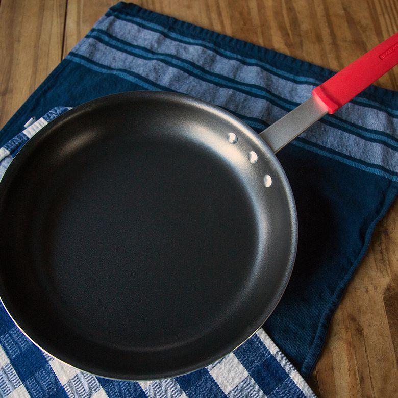 Tramontina Professional Aluminum Nonstick Fry Pan