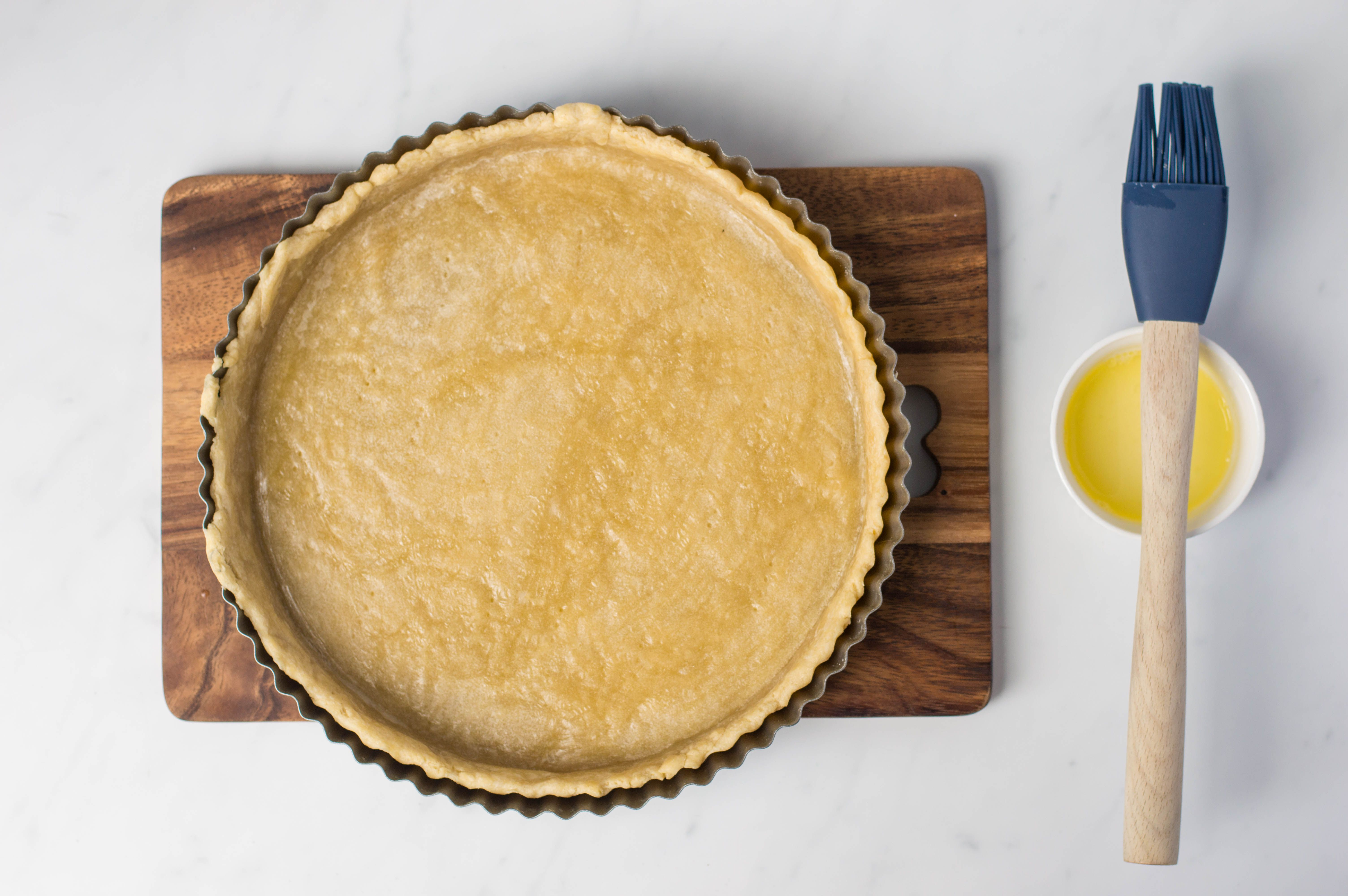 Tart crust with light egg wash