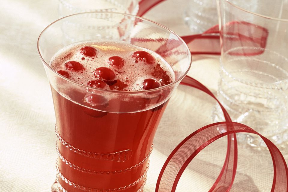Cranberry Ginger Sparkler Non-alcoholic Drink for the Holidays